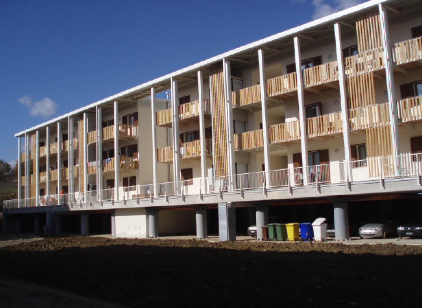 Nuove abitazioni antisismiche, L'Aquila