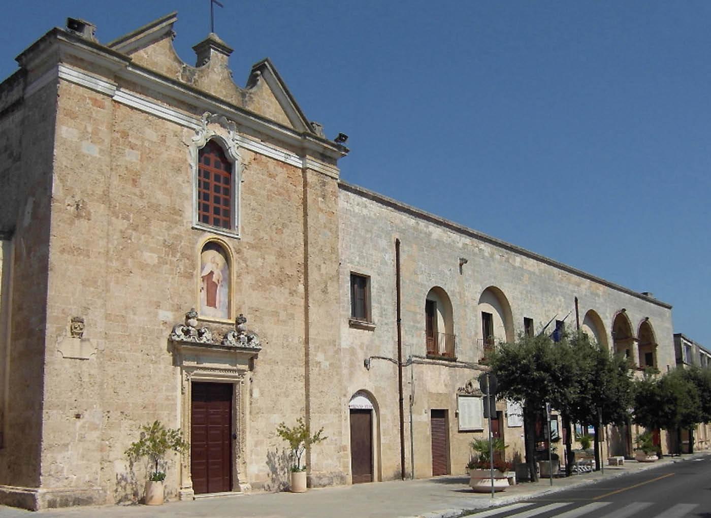 Restauro Dell'ex Convento Dei Padri Carmelitani A Presicce