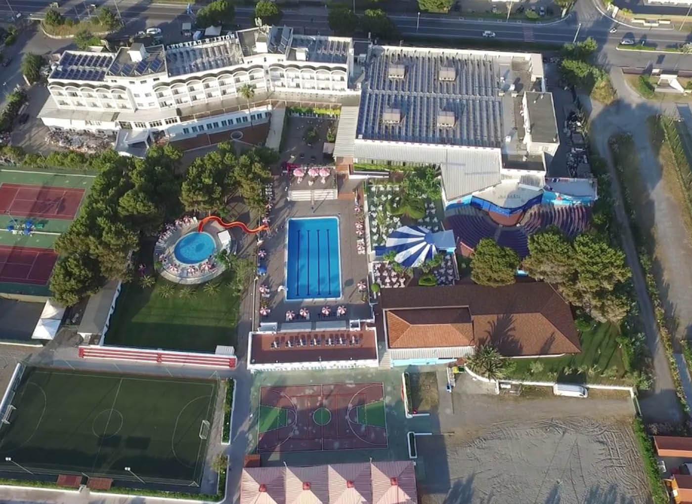 resort-scalea-massetti-leggeri-1