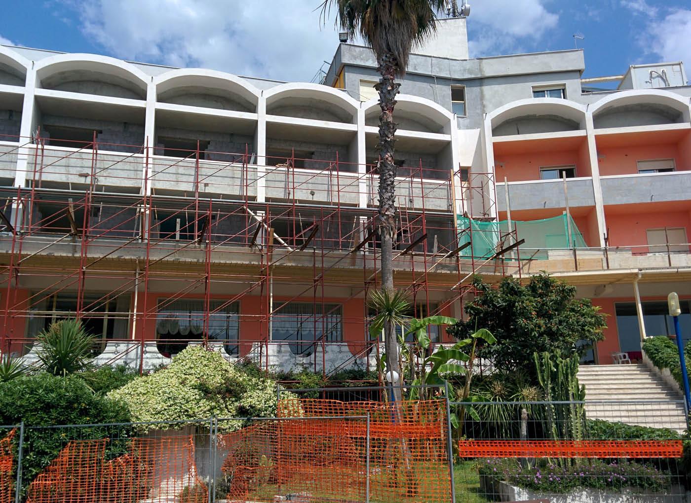 resort-scalea-massetti-leggeri-2